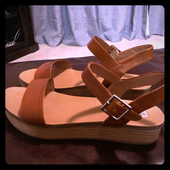 aa583f7453 Steve Madden Aida Platform Sandals. M_5be8cd1934a4ef6e0454ae86